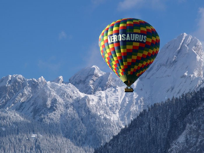 aerosaurus balloons in the alps