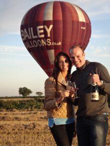 wedding couple by hot air balloon