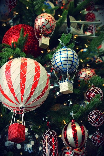 christmas bauble balloon flights on tree